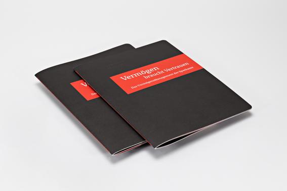 Steppstichgeheftete Broschüren